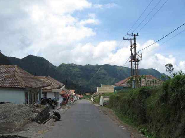 Nuansa Desa Cemorolawang