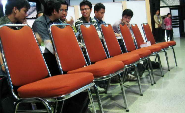 Image result for duduk selalu di kursi terdepan